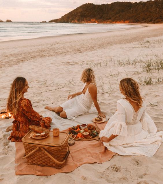 Livre como só se consegue estar junto ao mar. Os próximos meses serão sinónimo de sol, praia e pé na areia. Ofereça brindes promocionais únicos e que tornem o próximo verão inesquecível para muitas pessoas.
